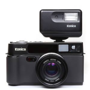 Konica HEXAR AF 35mm Body Black + Flash HX-14 Auto